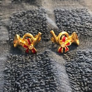Avon French Horn Holiday Goldtone CZ Earrings
